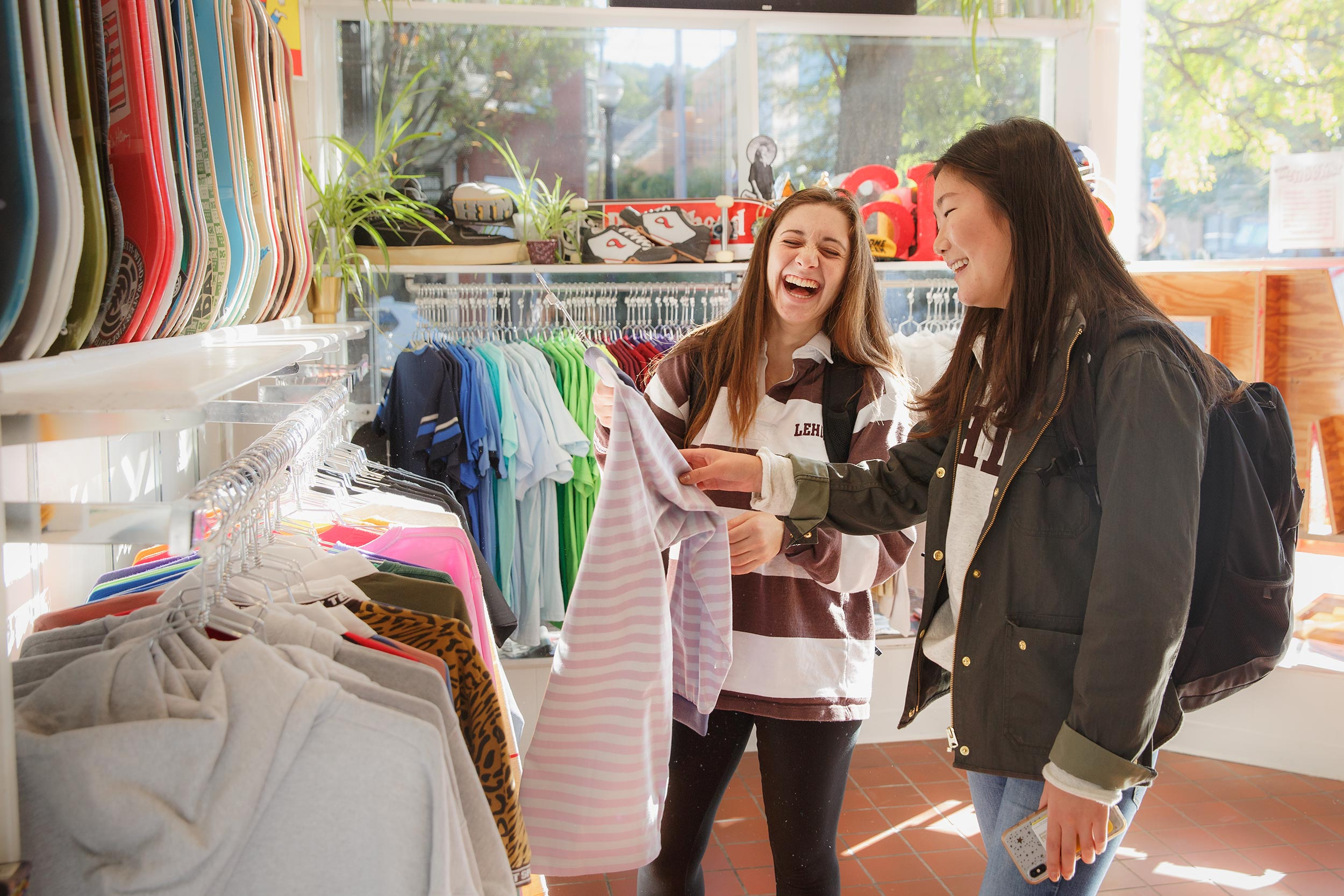shopping_students_education_photographer_higher_ed_by_matt_stanley_5254