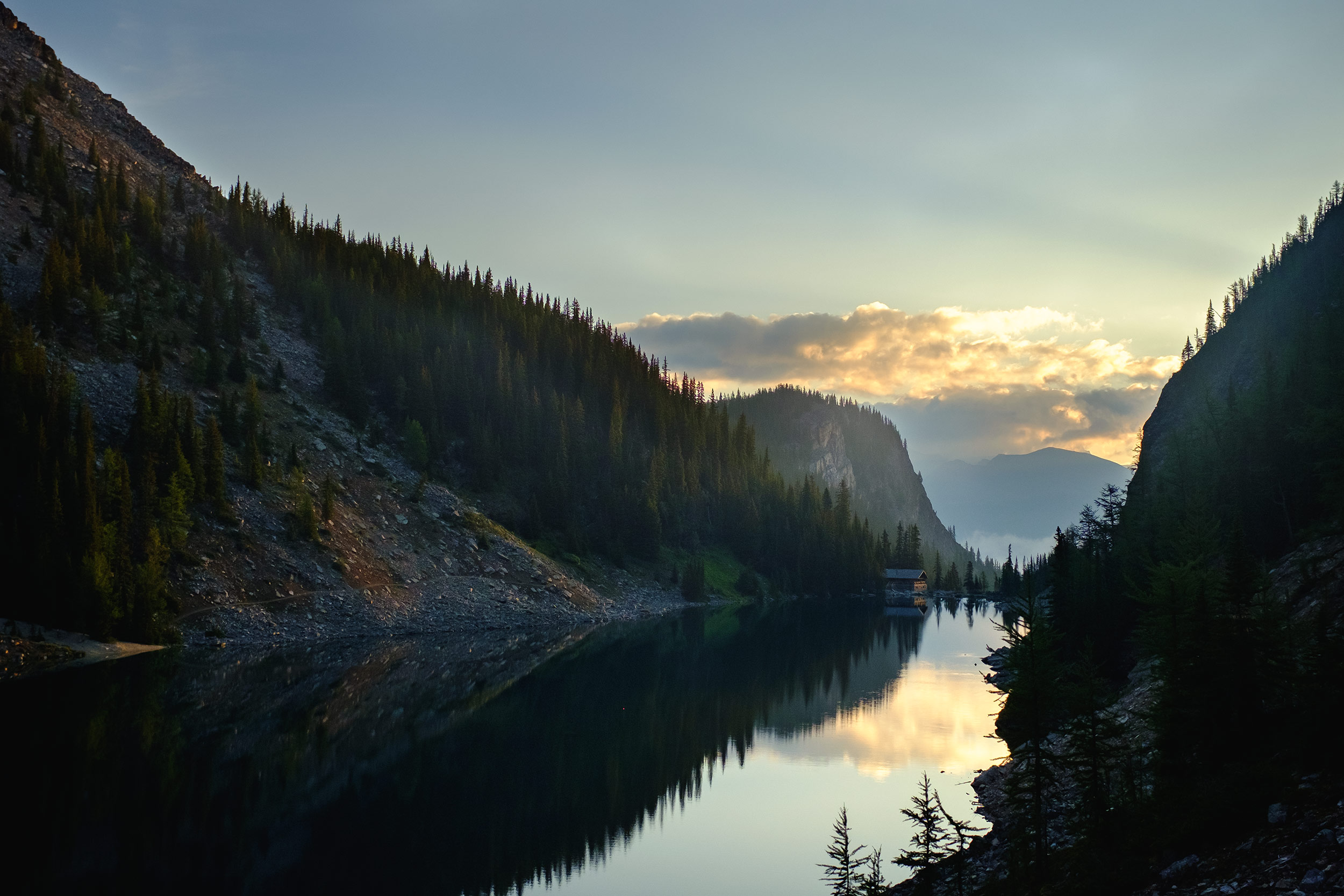 travel_cabin_lake_banff_jasper_outdoors-7972